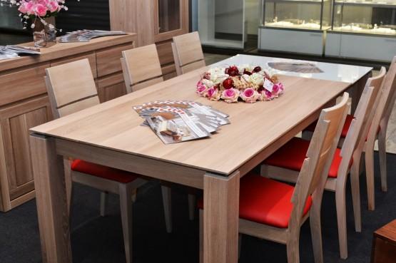 a81b561d68ef Masívny nábytok je vhodný aj ako chalupársky nábytok a je obľúbený do  penziónov a hotelov